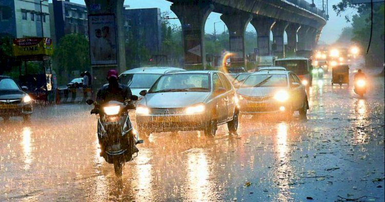 The Heavy rainfall in parts of Hyderabad, EVDM alerts public.